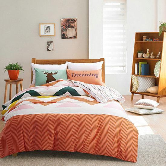 幻彩系床品8套 打造活力卧室