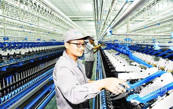 今年1-8月巴州纺织业增加值达10.56亿元