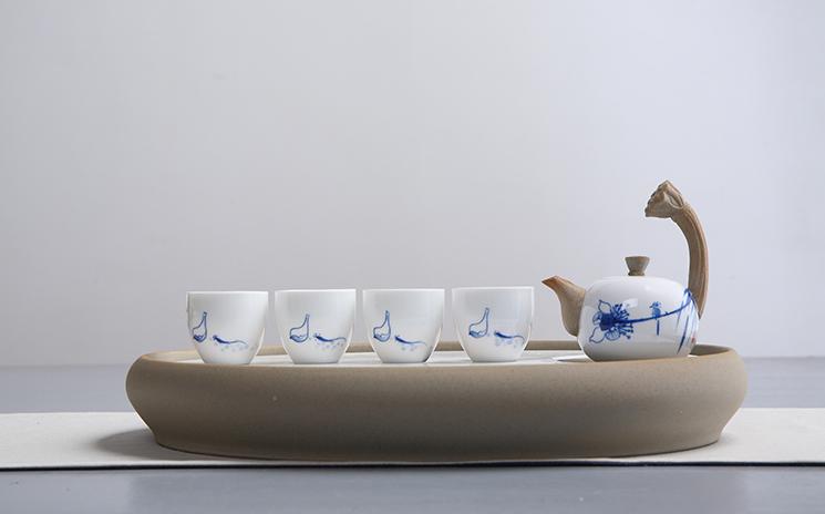 一盏清禅青瓷茶盘 清新优雅的简单搭配