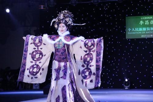李昌德十年练就传奇•贵州民族服饰惊艳世界