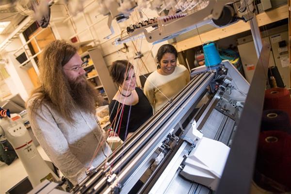 卡内基梅隆大学创新3D针织服装工艺,输入3D模型得到衣服