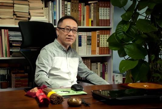 """杨舒:做服装高定领域的""""新匠人"""""""