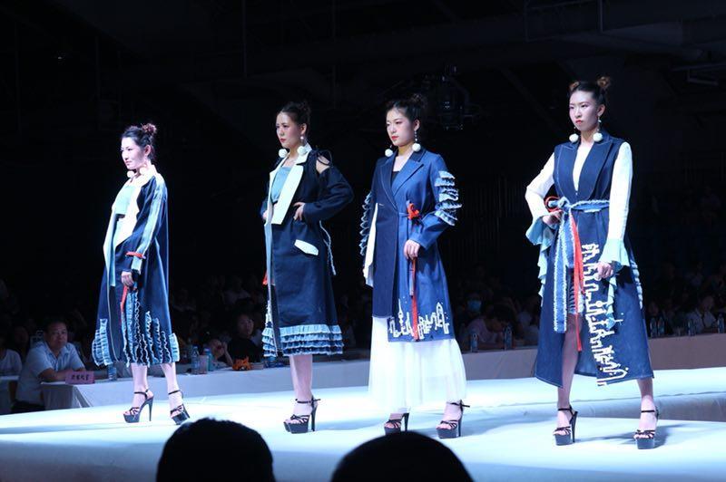 陕西国际商贸学院2018届服装专业毕业作品设计大赛上演