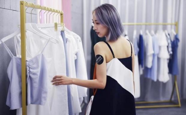 服气!全球最赚的服装公司做不到,中国的时尚网红做到了