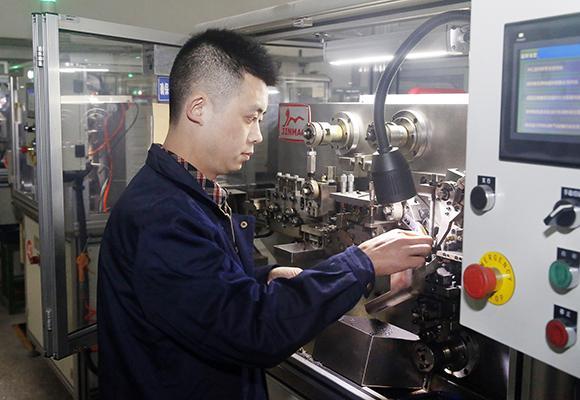龚元彬:打破进口钢丝圈在高端纺织领域的垄断