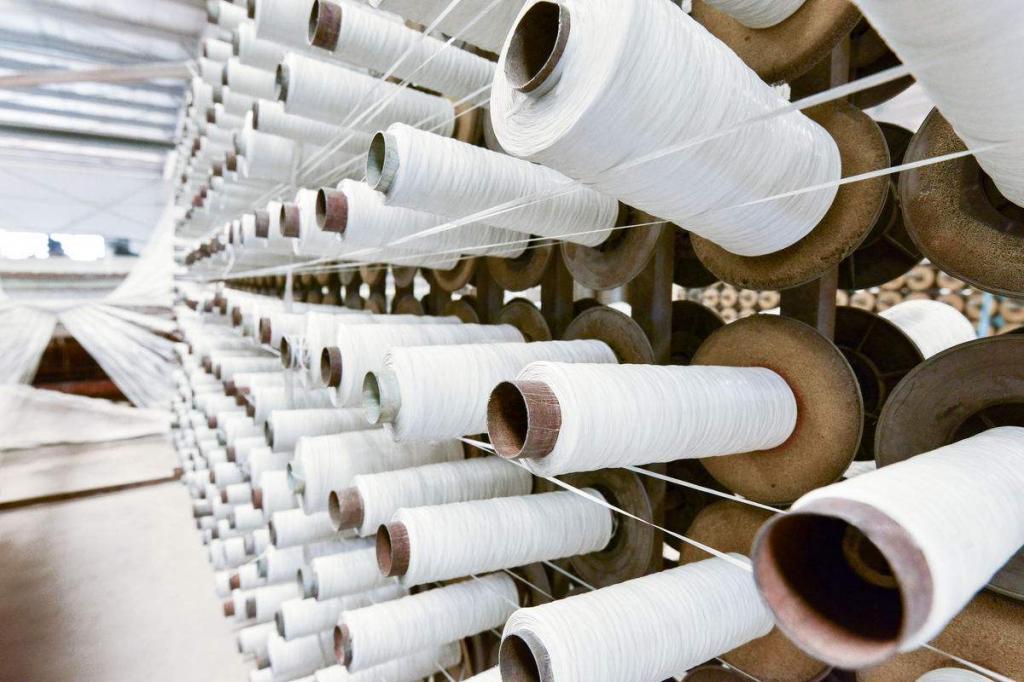 2018年12月中国10分六合彩—十分彩大发官方纱线、织物及制品出口金额同比下降2.7%
