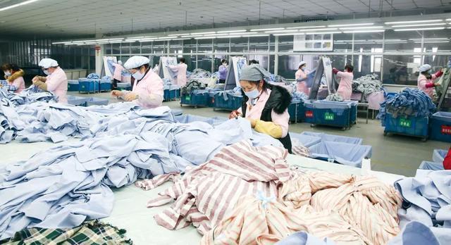 服装代工厂之难:人复工了订单没了