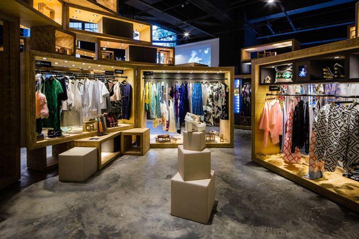 一季度服装出口较快增长、份额提高,但增速回落