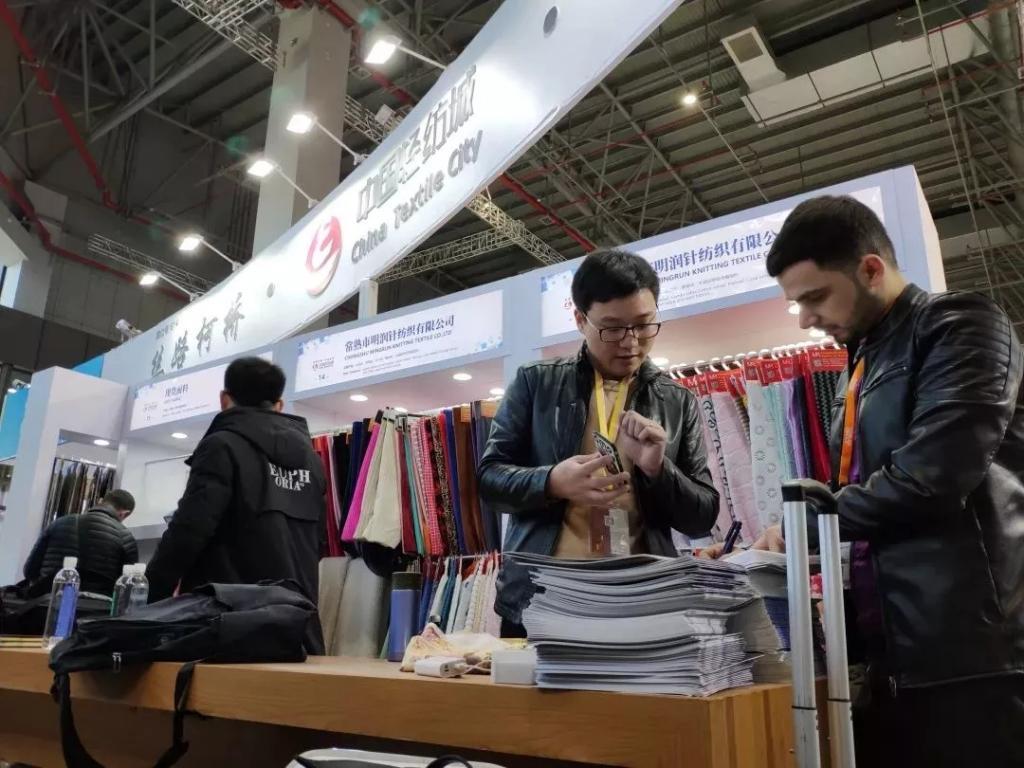 20余家纺企,11500余款精品,中国轻纺城优质面料展厅闪亮面辅料展