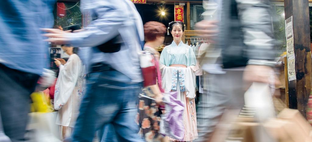 为什么直到现在时尚圈仍然不能忽略汉服文化的流行?